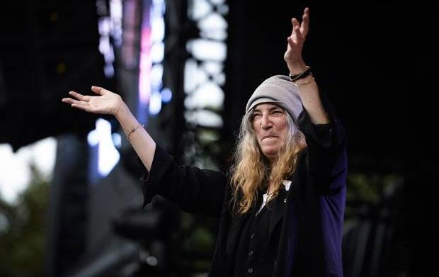 Patti Smith live