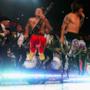 Sul palco si salta tutti insieme e, più che cantanti, sembrano degli atleti provetti visto - si alzano di mezzo metro da terra!