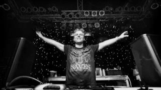 "Armin van Buuren ha rilasciato sul proprio soundlcoud il brano ""Safe Inside You"""
