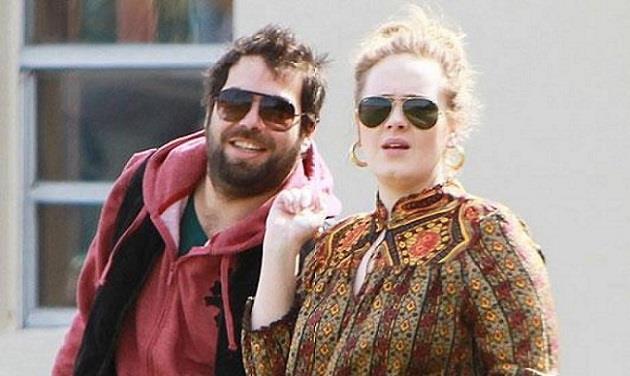 Adele con il compagno Simo Konecki