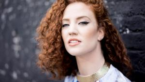 Classifica UK 24 agosto 2015, Jess Glynne al numero uno