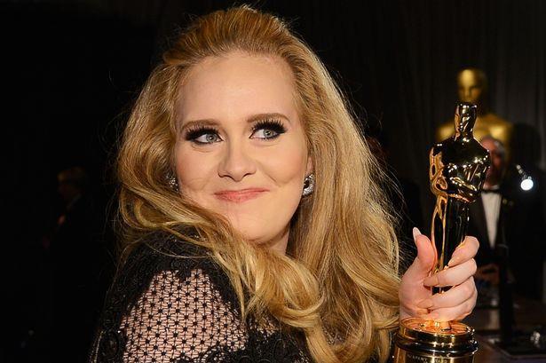 Adele con l'Oscar