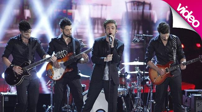 I Dear Jack suonano dal vivo sul palco