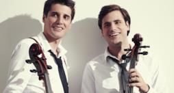 2Cellos: i violoncellisti croati Luka Sulic e Stjepan Hauser