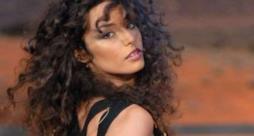 Raffaella Fico nelle vesti di cantante