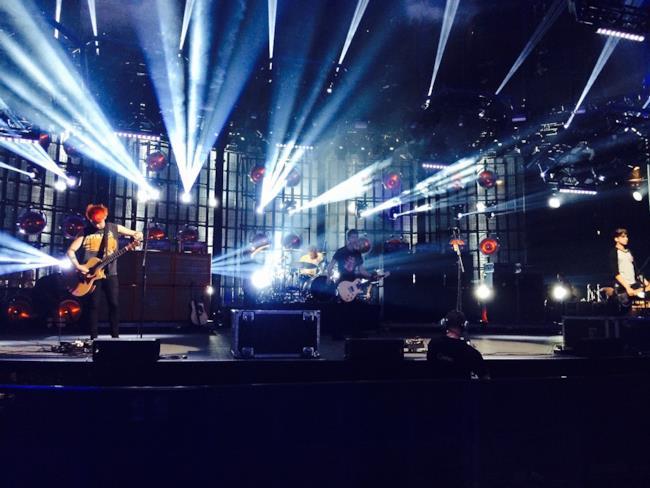 La band dei 5SOS sul palco dell'iTunes Festival 2014