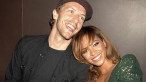 Il frontman dei Coldplay Chris Martin con Beyoncé