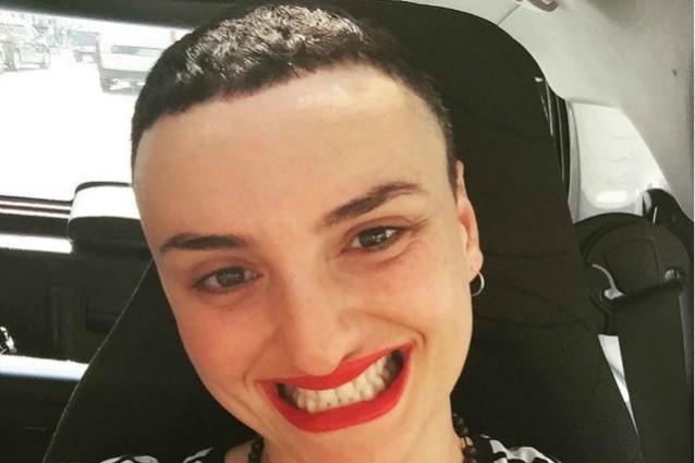 Arisa criticata per il nuovo taglio