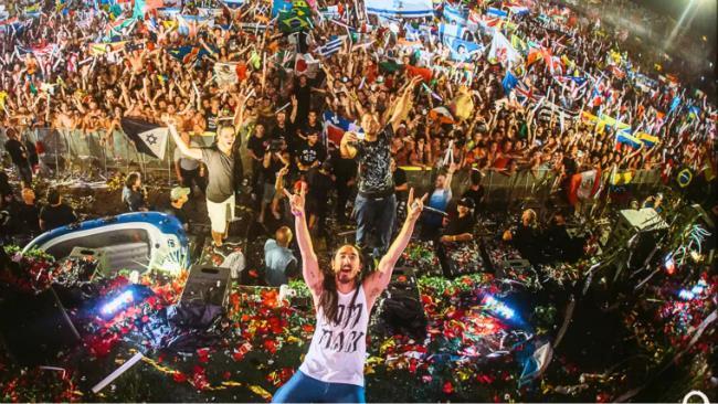 Steve Aoki si è esibito al Tomorrowland Brasil