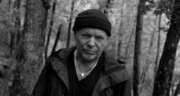 Vasco Rossi in bianco e nero nel video di Come vorrei