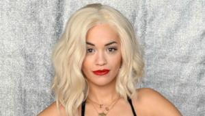 Primo piano di Rita Ora