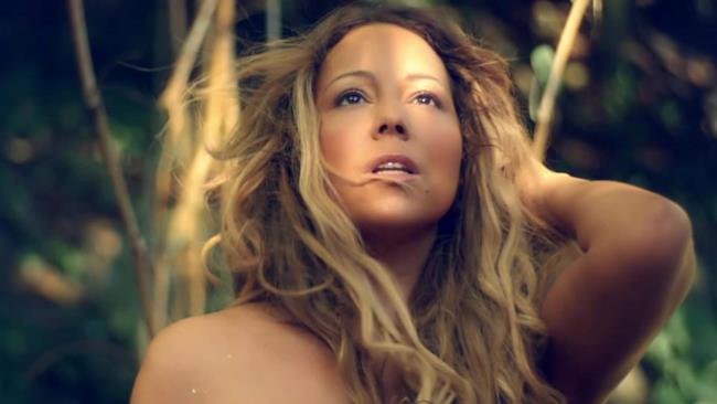 Mariah Carey sexy nel video di You're Mine (Eternal)