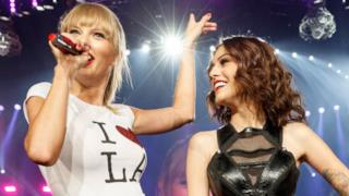 Taylor Swift e Cher Lloyd
