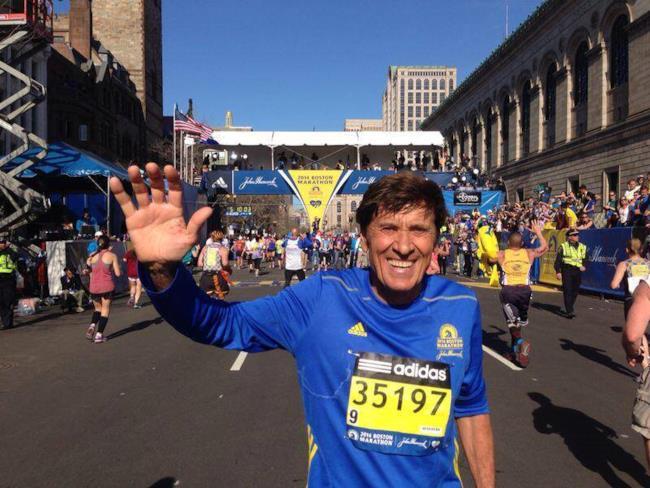 Gianni Morandi alla maratona