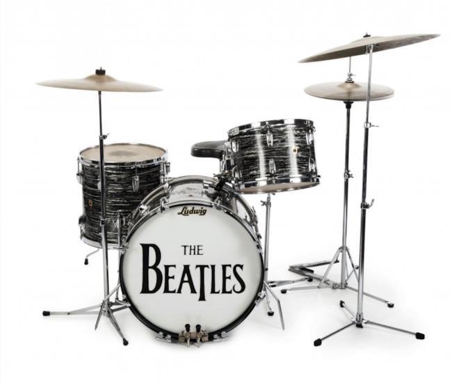 Il drum kit da tre pezzi di Ringo Starr