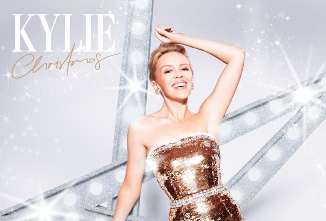 Kylie Minogue sulla copertina di Kylie Christmas