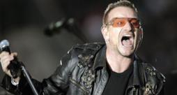 Bono Vox urla sul palco