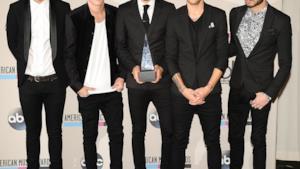 Fotomontaggio dei One Direction senza capelli