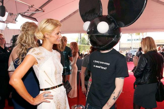 Deadmau5 e Paris Hilton b2b