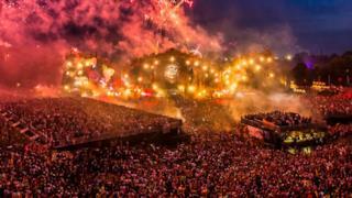 Il Tomorrowland ha finalmente reso noti i primi pacchetti volo, con partenze dall'Italia