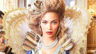 Beyoncé in versione regina del pop