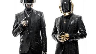 Nella foto i Daft Punk, duo elettronico francese