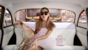 Ariana Grande nello spot del suo profumo Ari