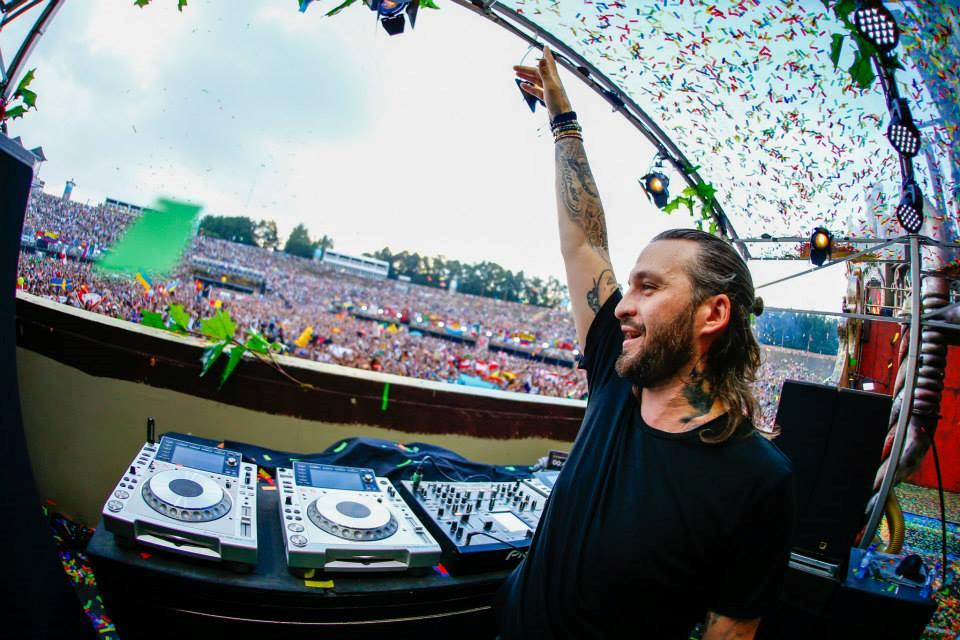 Steve Angello set