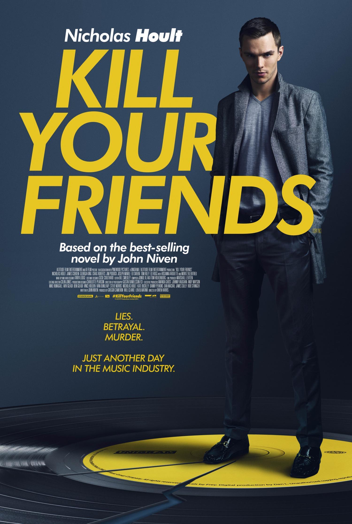 Nicholas Hoult nel poster di Kill Your Friends, basato sul romanzo di John Niven