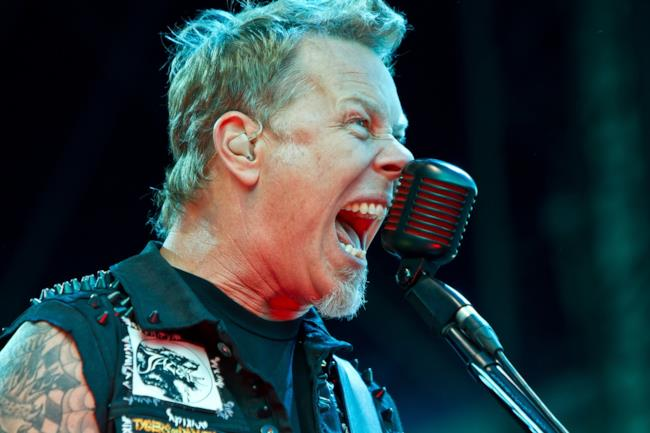 Il cantante dei Metallica, James Hetfield