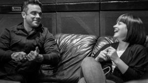Robbie Williams: il nuovo singolo Dream A Little Dream con Lily Allen