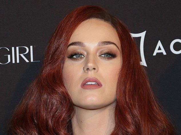 Katy Perry con i capelli rossi (settembre 2015)