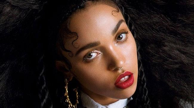 Primo piano di FKA Twigs
