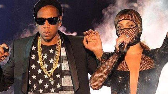 Beyoncé e Jay-z sul palco della prima tappa del On The Run tour