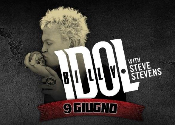 Billy Idol bacia un teschio