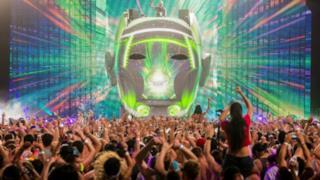 Wynn ha annunciato i DJ resident per la stagione 2015. SPiccano i nomi di Skrillex, Avicii e Zedd
