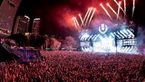 Dj Snake nel set di chiusura dell'Ultra Music Festival