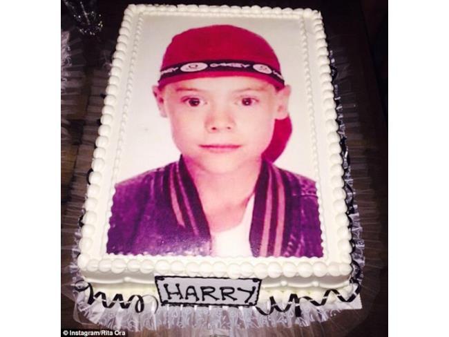 La torta di compleanno di Harry Styles