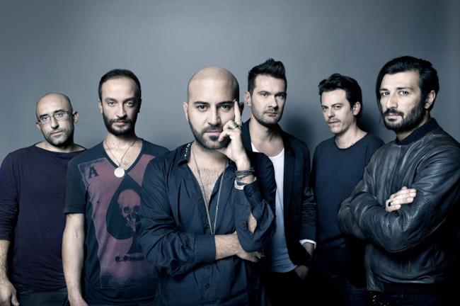 I 6 componenti della band salentina dei Negramaro