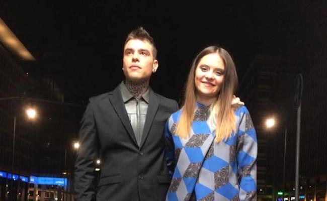 Fedez con Francesca Michielin sul set del nuovo video Magnifico