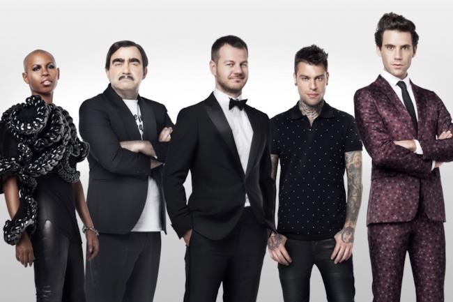 I 4 giudici di X Factor Italia 2015 con Alessandro Cattelan