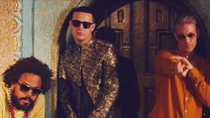 Diplo, Jillionaire e DJ Snake nel video di Lean On