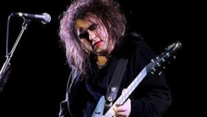 Robert Smith svela Witchcraft, il brano per Frankenweenie di Tim Burton