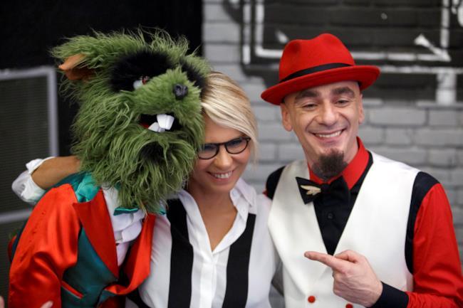Maria De Filippi e J-Ax insieme sul palco di Sorci verdi