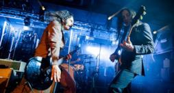 Gli Afterhours durante un concerto