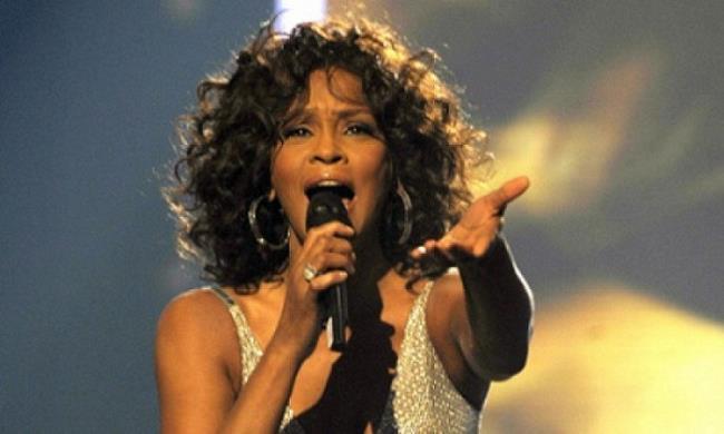 Whitney Houston live 2010