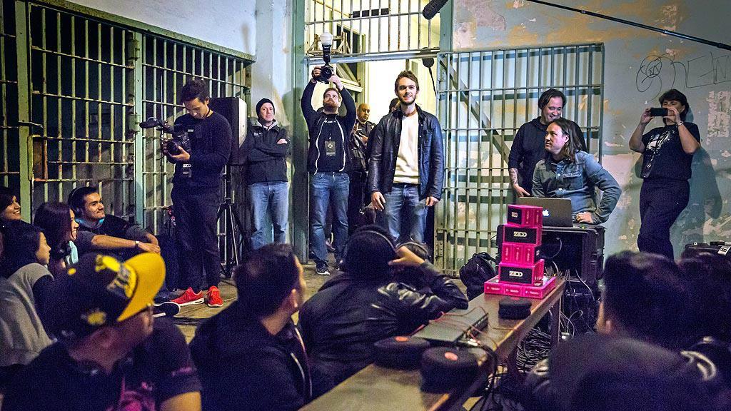 Il tour promozionale di Zedd ha fatto tappa anche al famoso carcere di Alcatraz