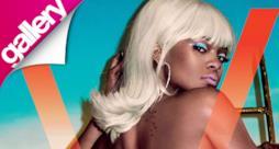 Rihanna bionda e di nuovo in topless per V Magazine [gallery]