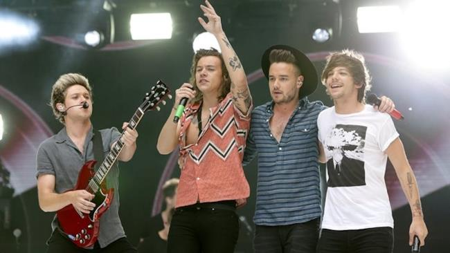 One Direction in 4 sul palco dopo l'addio di Zayn Malik
