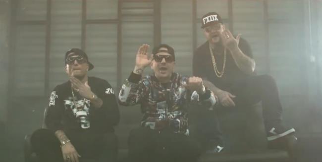 I Club Dogo fanno sayonara agli altri rapper